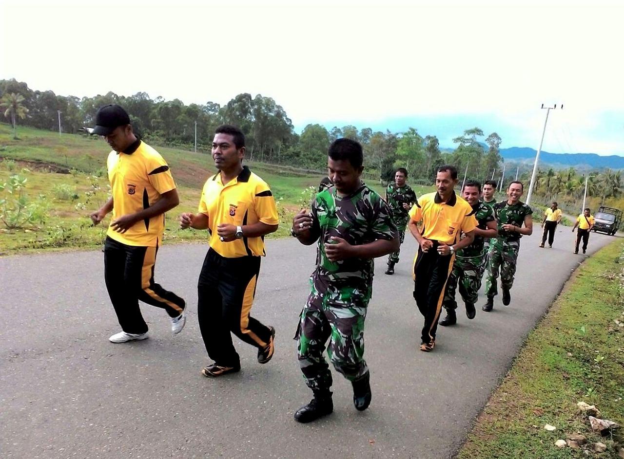 Sinergitas TNI Polri, Koramil Dan Polsek Lakukan Olah Raga Bersama