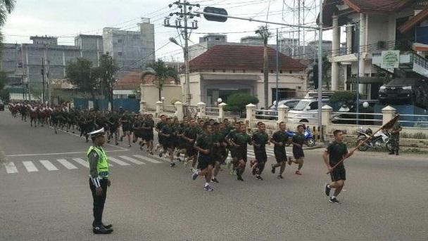Bina Fisik, Prajurit Yonif RK 113/JS Lari 12 K