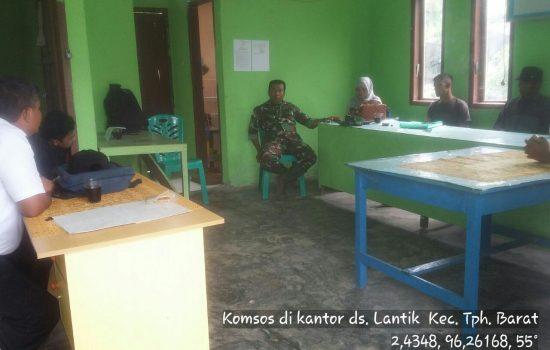 Babinsa Posramil 07 Teupah Barat Melaksanakan Komsos dengan Aparatur Desa