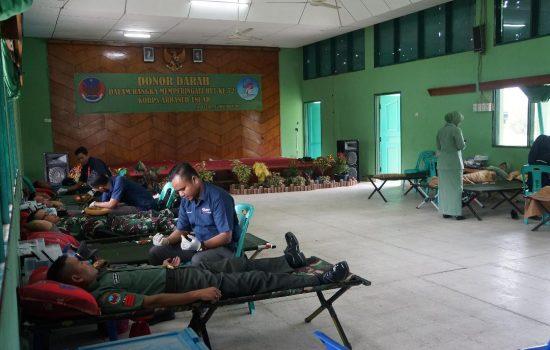 Sambut HUT Arhanud, Personel Denarhanud-001/CSBY Laksanakan Donor Darah