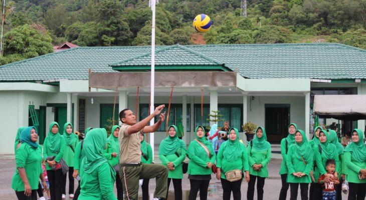 Kodim Aceh Selatan Jaga Kekompakan Melalui Lomba Voly Pasutri
