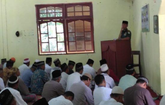 Dandim Subulussalam Menjadi Khatib di Masjid Nurul Huda