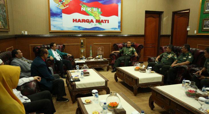 Pangdam IM Terima Audensi  Wakil Rektor 3 Universitas  Syeh Kuala