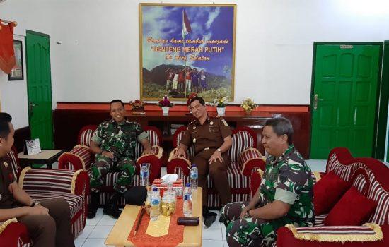 Komandan Kodim 0107/Aceh Selatan Sambut Hangat Kunjungan Kajari Aceh Selatan