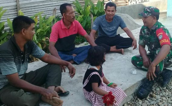 Babinsa Sosialisasi Lingkungan Asri pada Warga