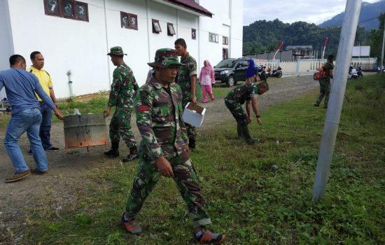 Kapten Inf Amri Umari Pimpin Langsung Kegiatan Jumat Bersih di Puskesmas Kecamatan Sawang