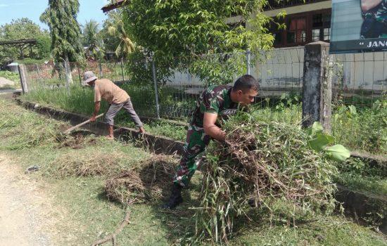 Sambut HUT Kemerdekaan RI ke 74, Koramil 01/Lamno dan Warga Gotong Royong