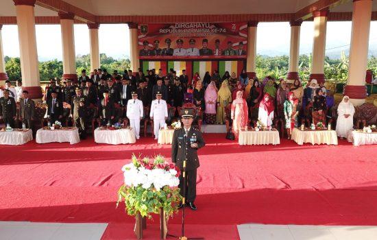 Letkol Inf Winarko Pimpin Upacara Penurunan Bendera di Subulusalam