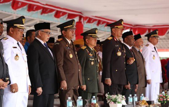 Kasdam IM Hadiri Upacara 17 Agustus di Blang Padang