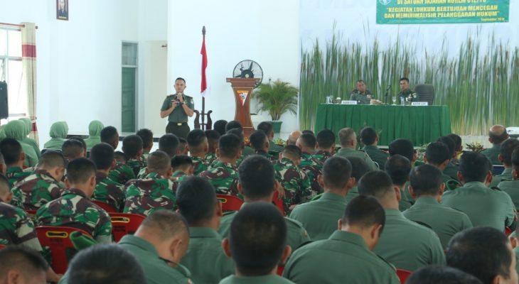 Prajurit, PNS dan Persit Korem 012/TU Mendapat Penyuluhan Hukum