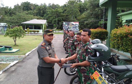Dandim Aceh Jaya Serahkan Motor Dinas Babinsa