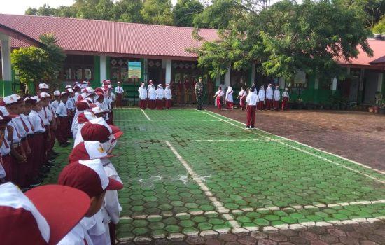 Serda Mirza Pembina Upacara di SDN 2 Indra Jaya