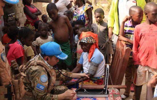 Satgas Kizi TNI Gelar Pengobatan Gratis di Afrika Tengah