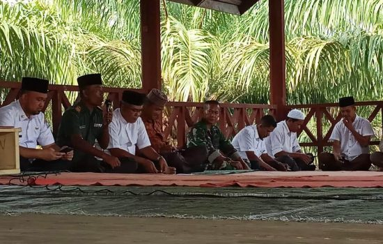 Danramil 03 Kaway XVI berserta Babinsa Ikut Pengajian Di Gampong Beuregang