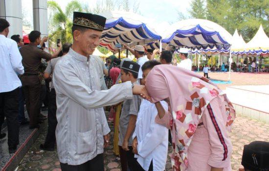 Kasdim Nagan Raya Hadiri Peringatan Maulid Akbar Kabupaten Nagan Raya.