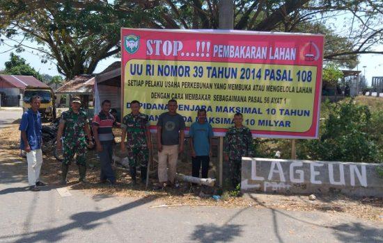 Kodim Aceh Jaya Pasang Puluhan Spanduk Cegah Karhutla
