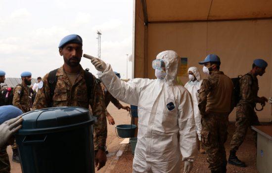 Cegah Wabah Covid-19 Tim Kesehatan Satgas Kizi TNI Lakukan Screening Kepada Kontingen Pakistan Army