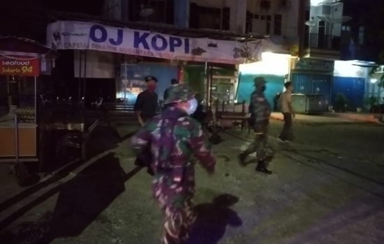 Patroli Gabungan Penerapan Pemberlakuan Jam Malam di Wilayah Pidie