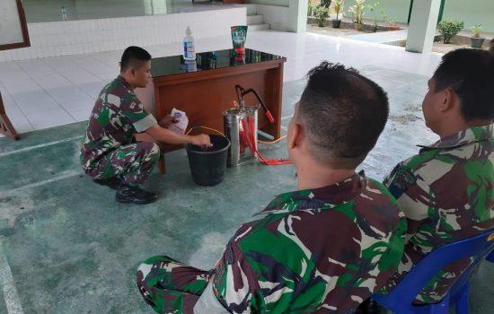 Antisipasi dan Cegah Penyebaran Covid-19, Kodim 0107/Aceh Selatan Lakukan Pembuatan Disinfektan