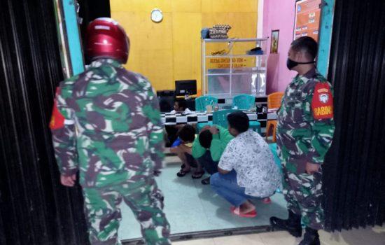 Pemberlakuan Jam Malam, TNI Terus Lakukan Patroli