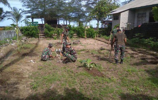 Jaga Ketersediaan Pangan, Koramil 05/Samadua Sulap Lahan Kosong Menjadi Lahan Produktif di Tengah Pandemi Covid-19