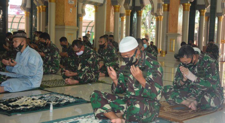 Mesjid Babulmawaddah Kodam IM Shalat Jumat Ikuti Protokol Kesehatan
