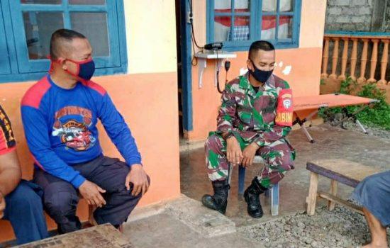 Serda Tonny Maryanto Perkuat Sinergitas Dengan Petugas Damkar di Wilayah Binaan