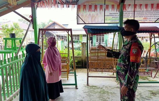 Tingkatkan Silahturahmi, Babinsa Laksanakan Komsos ke Sekolah Paud