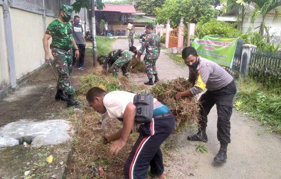 Personel Kudam IM Karya Bakti Dengan Desa Binaan