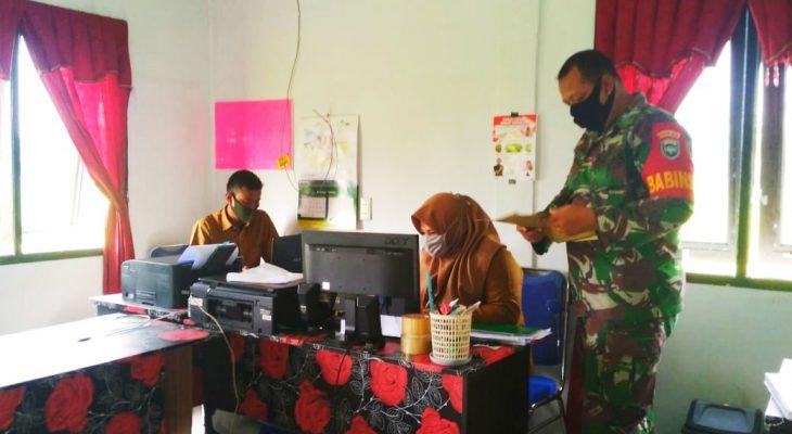 Update Data, Babinsa Ramil 23/Lgst Laksanakan Puldatater di Wilayah Binaan