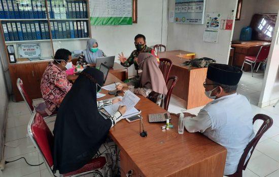 Genjot Pembangunan dan Perekonomian Babinsa Hadiri Rapat Koordinasi Dengan Perangkat Desa