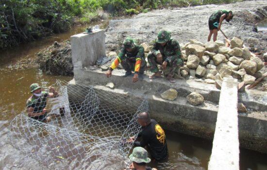 Kapendam IM: Progres Pemasangan Bronjong TMMD Kodim  0109/Aceh Singkil Capai 50 Persen