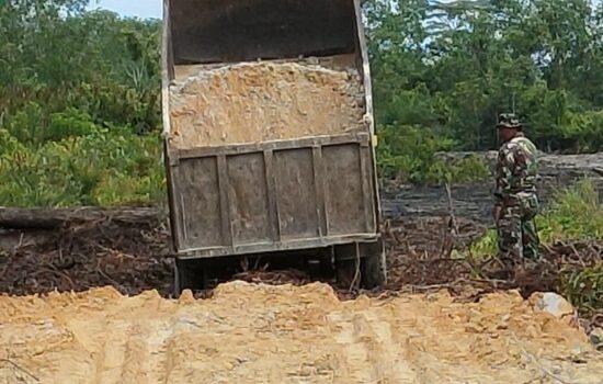 Kapendam IM: Pekerjaan Penimbunan Jalan TMMD Kodim 0109/Aceh Singkil Capai 70 Persen