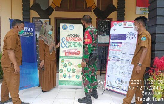 Pantau Pos PPKM Mikro di Wilayah Desa Binaan, Ini Yang di Lakukan Babinsa Tapaktuan