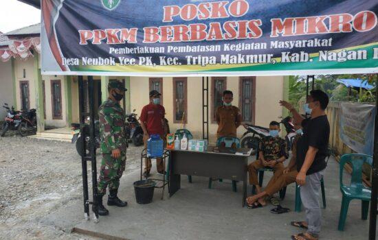 Babinsa Posramil Tripa Makmur Laksanakan Pengecekan Langsung Posko PPKM Mikro