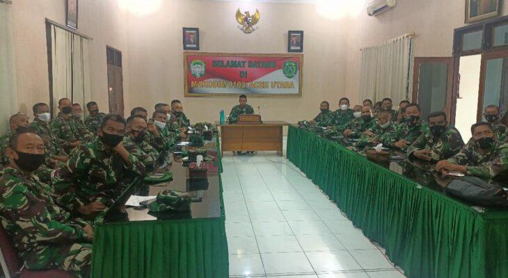 Pimpin Rapat Evaluasi ini Pesan Dandim 0103/Aceh Utara Kepada Para Perwira Staf dan Danramil Jajaran.