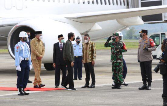 Pangdam IM Bersama Forkopimda Aceh Dampingi Kunker Presiden RI