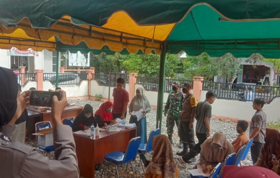 Muspika dan Satgas Covid-19 Labuhan Haji Tengah Kembali Laksanakan Layanan Vaksinasi Bagi Masyarakat