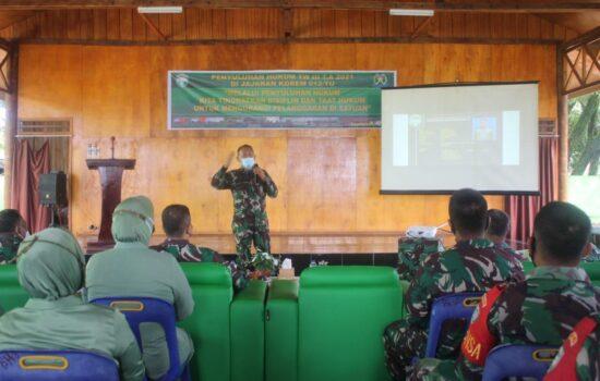 Cegah Pelanggaran, Prajurit dan Persit Kodim Aceh Jaya Terima Penyuluhan Hukum